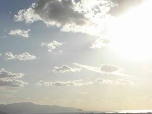 松山城から見た空